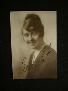 Signed-Lee-White-VINTAGE-Autographed-PHOTO-616P