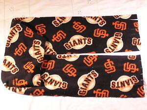 San-Francisco-Giants-Fleece-Scarf-WORLD-CHAMPIONS