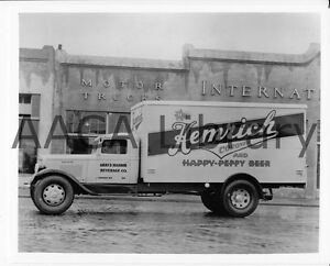 1935-International-Harvester-C35-Van-Truck-Beer-Factory-Photo-Ref-48264