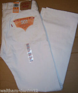 Levi's Men's ® jeans use the most popular fit ever made by a denim company. And the best thing about them is they now come in white. The classic sits at the waist and has a classic fit through the seat and the thigh with a straight leg.