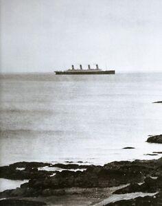 RMS-TITANIC-RARE-GRAINY-LAST-KNOW-PHOTO-1912-WHITE-STAR-PASSENGER-SHIP-LINE