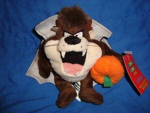 "Looney Tunes Year October Halloween Mini Beanbag Taz 5"""