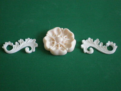 Decorative Resin Moulding - 2 Fancy Scrolls with a classic English Tudor Rose