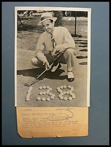 VINTAGE-BLACK-AND-WHITE-PHOTO-OF-SAM-SNEAD-1941