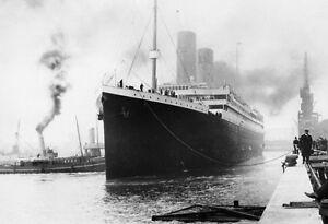 RMS-TITANIC-LEAVING-PORT-POSTER-SIZE-PHOTO-13-X-19-WHITE-STAR-SHIP-LINE-ICEBERG