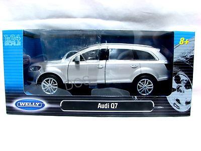Welly AUDI Q7  Silver Diecast Car 1/24 New in Box