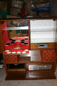 WOW-Vintage-Console-Bar-w-Record-Player-Stereo-8-Track