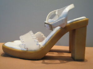 New-Bakers-White-Patent-Shoes-Clear-Sandals-Pinup-Mod-Retro-Buckle-Straps-6