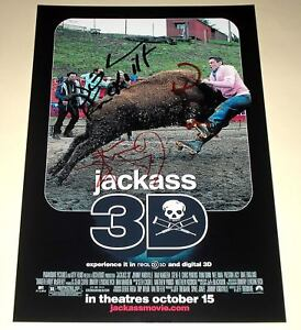 JACKASS-3D-PP-CAST-SIGNED-12X8-034-POSTER-JOHNNY-KNOXVILLE