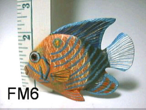 Figurines,New By Land /& Sea inc Tropical Fish Refigerator Magnet Miniature