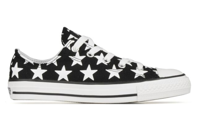 f8874ae3068d KIDS Boys Girls CONVERSE All Star STARS BLACK WHITE Low Trainers Shoes UK  SIZE 2