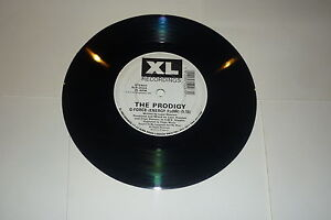 THE-PRODIGY-Everybody-In-The-Place-1992-UK-XL-Recordings-2-track-7-034-Single