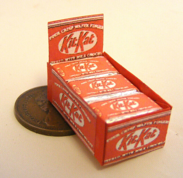 A Display Box Of Kit Kat Chocolate Biscuit Packets Dolls House Miniature Sweets