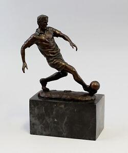 9937271 Bronze Sculpture Figure Football Player Athlete Sihn.milo H24cm