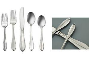Oneida-40-Piece-set-Service-for-8-Stainless-Flatware-Rhodes-Pattern