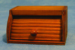1-12-Scale-Opening-Wooden-Bread-Bin-Dolls-House-Miniature-Kitchen-Accessory