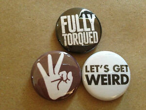 set-of-3-WORKAHOLICS-inspired-1-034-buttons-pins-TV-show-tight-butthole