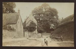 Northants-AYNHO-lovely-Village-Scene-early-RP-PPC-water-pump