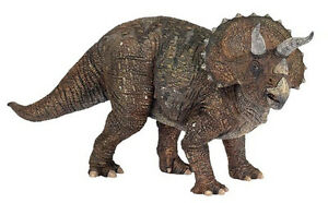 Papo 55002 Triceratops Prehistoric Dinosaur Animal Model Toy Replica - NIP