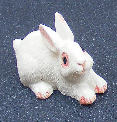 1:12 Scale Dolls House Miniature Single Resin Rabbit Garden Animal Pet Accessory