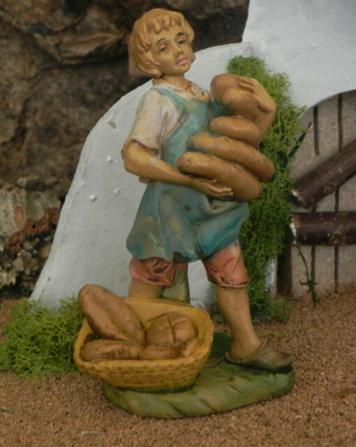 Euromarchi Nativity Baker Market Villager Figurine Presepio Pesebre Panadero