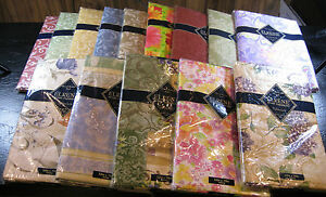 FLANNEL-BACKED-VINYL-TABLECLOTHS-BY-ELRENE-HOME-FASHIONS-52-X-70-OBLONG-NEW