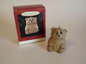 Hallmark-Keepsake-Ornament-1995-Lou-Rankin-Handcrafted-Bear-Ornament-Sculpted