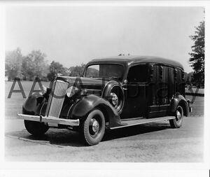 1935-Packard-Cunningham-Hearse-361A-Funeral-Car-Factory-Photo-Ref-61782