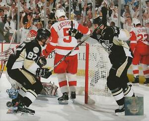 Sidney-Crosby-2008-Stanley-Cup-Penguins-Goal-Glossy-16x20-Photo