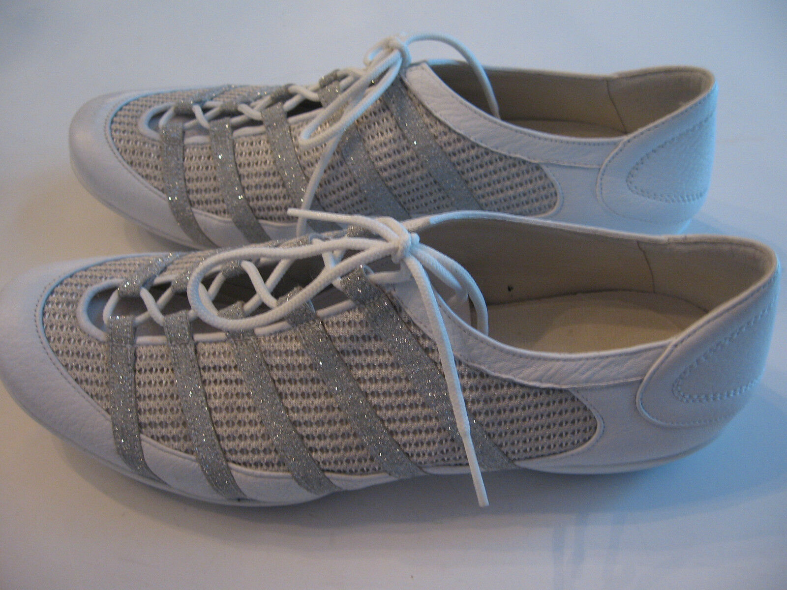 STUART WEITZMAN LEATHER SNEAKERS WITH SPARKLES - SIZE 7 1 2