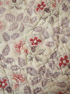 Antique-French-Provence-Pique-piquee-quilt-c1820-small-scale-white-ground-boutis