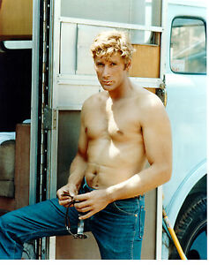 ALEX-CORD-SEXY-HUNKY-SHIRTLESS-PHOTO-IN-THE-1960S