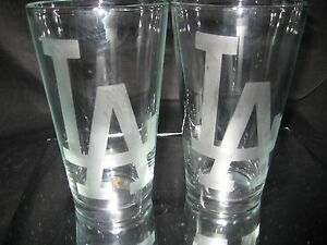 LOS-ANGELES-DODGERS-2-ETCHED-LOGO-PINT-GLASSES-16oz-NEW