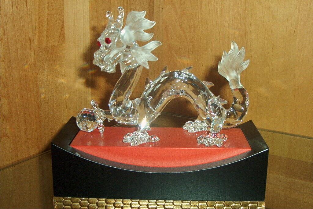 Swarovski Jahresfiguren Vente au Détail : Lion Licorne Licorne Licorne Dragon Pegasus | Expédition Rapide  | Exceptionnelle  | La Reine De La Qualité  d30e97