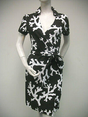 TRACY NEGOSHIAN Rachel Black White Floral Print Belted Wrap Dress NEW NWT