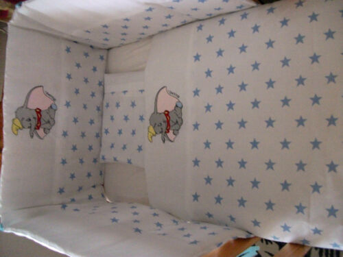Beautiful bespoke crib cot cotbed bumper set with winnie the pooh white// blue