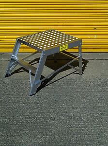 Hopstar Aluminium Folding Work Platform Bench Step Up Hop