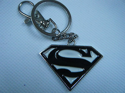 UNISEX GIFT IDEA SUPERMAN LOGO SHIELD SOLID METAL KEYRING 3 COLOURS MARVEL COMIC
