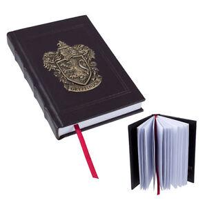 Wizarding-World-of-Harry-Potter-Metal-Crest-Gryffindor-Journal
