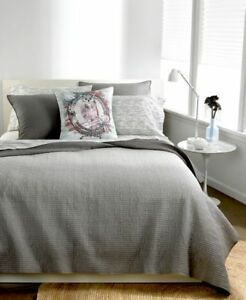 M-AT-HOME-Bar-III-OMBRE-FULL-QUEEN-Quilted-Quilt-and-Shams-Set-Gray