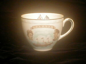 Canada-Commemorative-Tea-Cup-St-Lawrence-Queen-1959