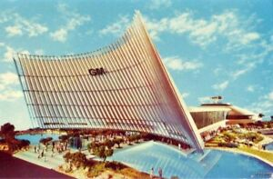 NEW YORK WORLD'S FAIR 1964 GM FUTURAMA BUILDING