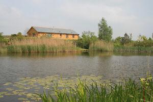 north-devon-luxury-holiday-lodge-HALF-PRICE-ONLY-245-free-fishing-walks-beaches