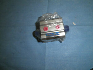 Bimba-EF1-Model-EFD-2515-3E-Pnenumatic-Cylinder-New-Old-Stock-lt