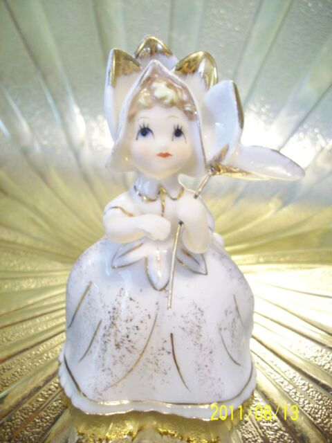 Very RARE VTG Lefton Bloomer Flower Girl Holds Parasol Figurine GORGEOUS!