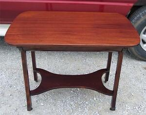 Solid-Ribbon-Mahogany-Desk-with-Drawer-DR8