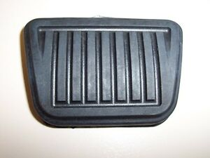 Dodge-Ram-truck-clutch-pedal-PAD-1997-to-2000-52009562-rubber-oem-factory-new