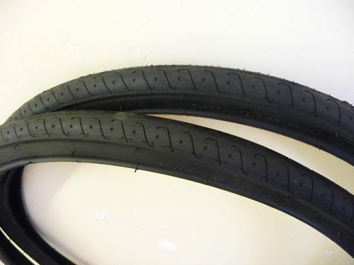 PAIR OF MOUNTAIN BIKE CYCLE TYRES 26 X 1.5 BLACK SLICK