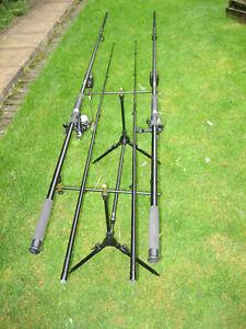 CARP-FISHING-STARTER-SET-2-x-CARP-ROD-AND-REEL-ROD-POD-amp-ALARMS-KIT-SET-UP