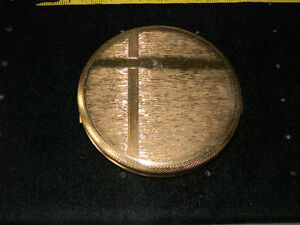 Vintage British Gold Tone Powder Compact Mirror Textured Surface Cris Cross X